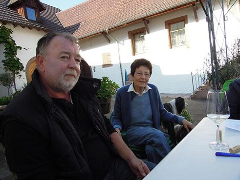 Winzersohn und Winzermama Rothhaas