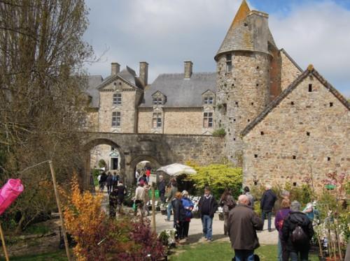 3-der-eingang-zu-schlottes-chateau